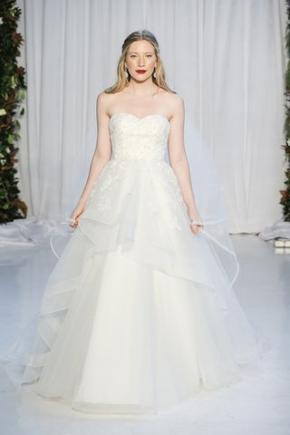 anne-barge-fall-2018-floral-beading-and-embroidery-of-glitter-tulle-with-horsehair-skirt