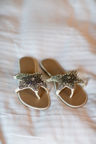 brides-sandals-with-star-shape-covered-with-crytals