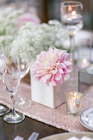wedding-wood-reception-table-with-light-pink-sequined-runner-light-pink-dahlia-in-white-vase