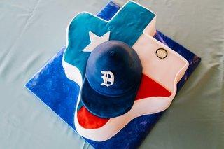 detriot-lions-quarterback-matthew-stafford-rehearsal-dinner-texas-football-hat-red-white-blue-cake