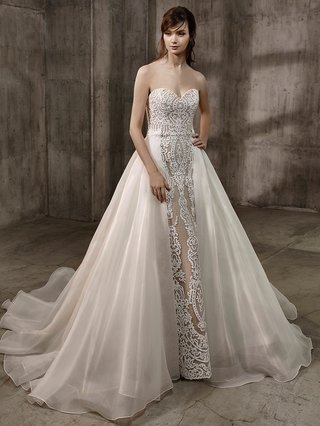 badgley-mischka-bride-2017-amal-strapless-sweetheart-neckline-wedding-dress-nude-underlay-embroidery