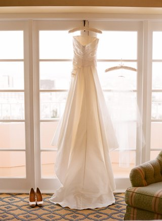 pronovias-strapless-gown-with-ruching-and-bustle-train