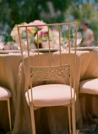 wrought-iron-chairs-with-pink-cushions