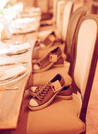 comfortable-sneakers-for-groomsmen-with-labels