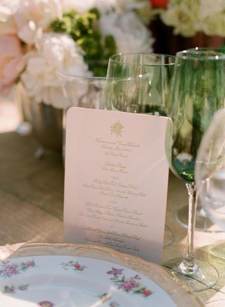 rounded-edge-menu-card-and-fine-china