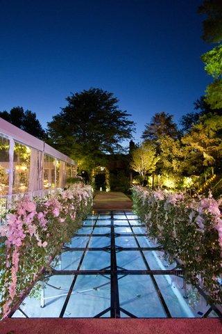 outdoor-reception-entrance-over-plexiglas-pool-cover
