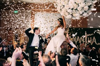 EastCoast Entertainment - Jessie's Girls confetti bride and groom hora dance