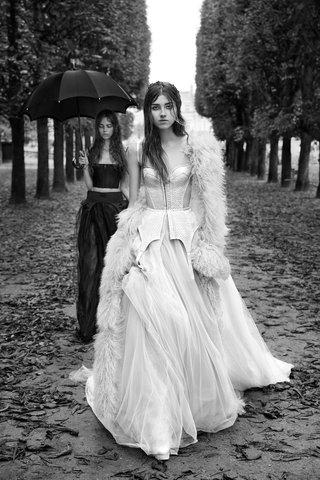 vera-wang-fall-2018-a-line-gown-trapunto-accent-silk-corset-garter-peplum
