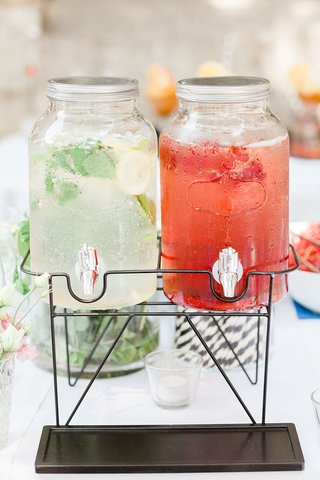 wedding-ceremony-cocktail-hour-infused-water-lemon-water-stripe-straws-strawberries