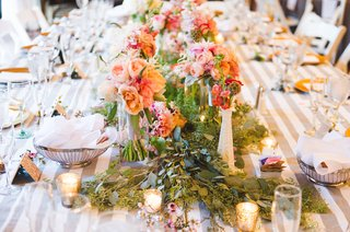 greenery-and-peach-wedding-ideas-flowers-on-reception-table