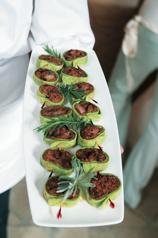 wrap-bites-for-wedding-appetizers