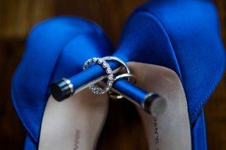 wedding-heels-manolo-blahnik-bright-blue-pumps-diamond-wedding-rings