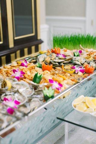 wedding-reception-colorful-appetizer-seafood-shrimp-station