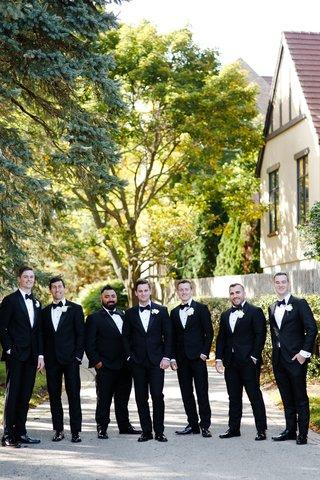 groom-and-groomsmen-outdoor-wedding-portrait-tuxedos-for-traditional-wedding-illinois