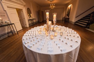 excort-table-with-centerpiece-of-candles