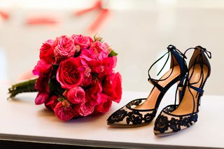 hot-pink-fuchsia-bouquet-rose-bougainvillea-black-flower-shoes