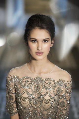 styled-shoot-model-makeup-countour-beaded-monique-lhuiller-topper