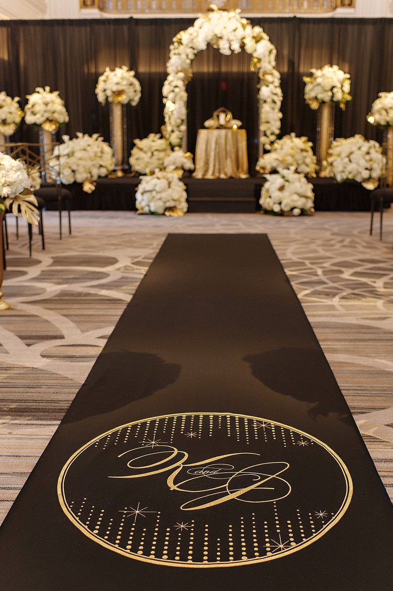 wedding ceremony aisle runner by the original runner company wedding ideas