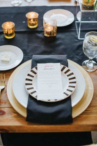 salad-black-with-black-and-white-striped-rim-black-table-runner