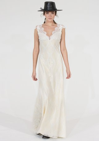 claire-pettibone-montana-wedding-dress-in-silk-and-lace