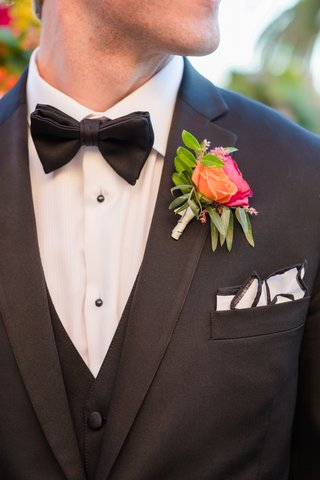 orange-pink-boutonniere-spanish-mexican-colors-wedding-southern-california-unique-bold