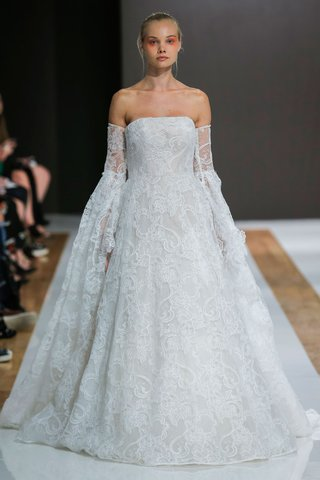 mark-zunino-spring-2018-wedding-dress-strapless-bridal-gown-ball-skirt-off-shoulder-sleeves-lace