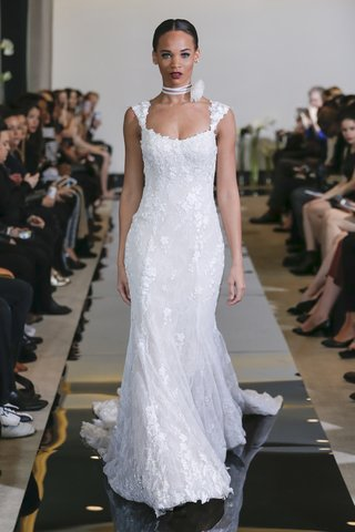 justin-alexander-spring-2018-fit-and-flare-gown-scoop-neck-cap-sleeves-designer-wedding-dress