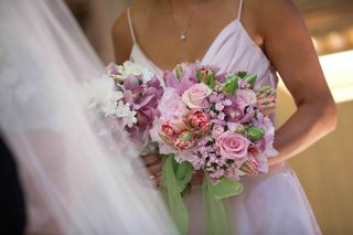 bridesmaids-bouquet-of-pink-and-lavender-flowers