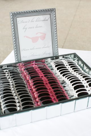 wedding-favors-with-dont-be-blinded-by-our-love-sign