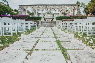 the-ocean-club-four-seasons-bahamas-wedding-ceremony-with-aisle-of-stone-pathway