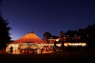 wedding-reception-at-inn-in-the-hamptons-september-venue