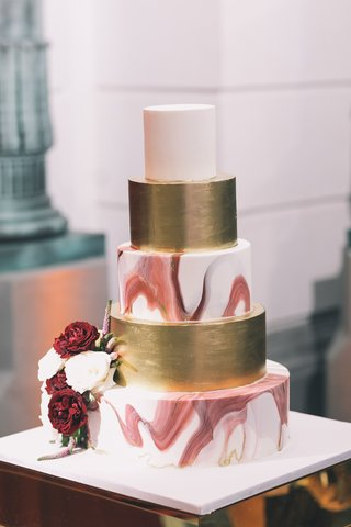 wedding-cake-marble-burgundy-tier-gold-tier-white-top-tier