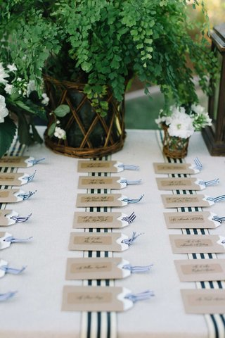 luggage-tag-escort-cards-table-stripes-nautical-theme-tan-beach-wedding-place-cards