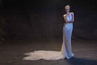 limor-rosen-2017-reina-wedding-dress-low-back-tulle-train-treasure-collection