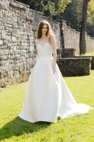 barbara-kavchok-fall-2018-signature-collection-wedding-dress-catalina-sweetheart-neckline-pockets