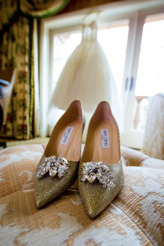brides-jimmy-choo-wedding-shoes-gold-metallic-fabric-with-rhinestone-crystals-at-toe