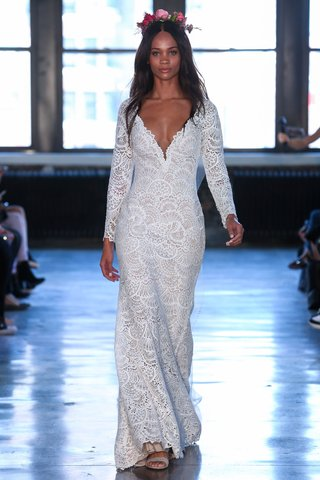 jovie-by-wtoo-by-watters-spring-2019-v-neck-lace-long-sleeve-bridal-gown