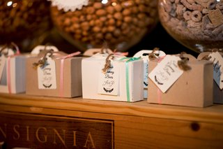 to-go-boxes-for-dessert-table-as-wedding-favors
