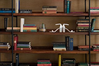stuart-weitzman-white-wedding-heels-bridal-shoes-silver-glitter-thick-heel-library-bookshelf-bookcas
