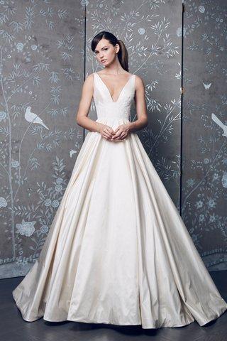 legends-romona-keveza-fall-2018-v-neck-ivory-ball-gown-a-line-wedding-dress