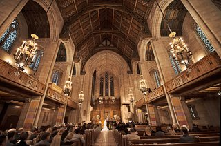 presbyterian-church-in-chicago-as-a-couples-ceremony-space