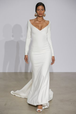 justin-alexander-fall-2018-long-sleeve-crepe-gown-with-illusion-beaded-back-wide-v-neck