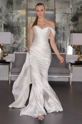 romona-keveza-luxe-bridal-fall-2016-grecian-wedding-dress-with-off-the-shoulder-straps