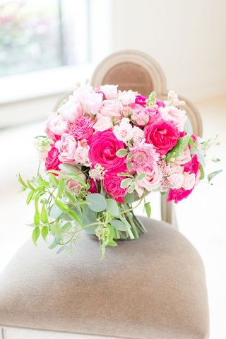 wedding-bouquet-on-chair-greenery-hot-pink-rose-light-pink-rose-flowers