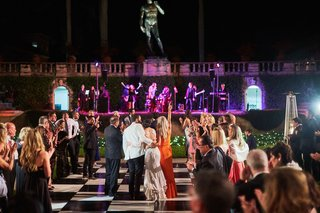 outdoor-wedding-reception-black-and-white-checkered-dance-floor