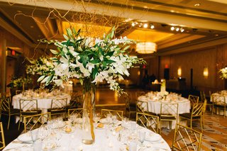 wedding-reception-table-with-white-stargazer-lilies-orchids-curly-willow-ritz-carlton-battery
