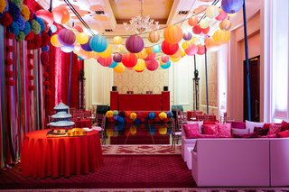 chinese-culture-theme-club-like-after-party-with-paper-lanterns-and-vibrant-decor