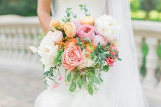 spring-wedding-bouquet-with-white-peach-yellow-and-pink-flowers