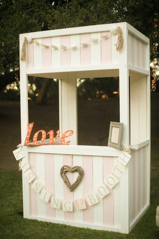pink-and-white-antique-kissing-booth-shabby-chic-reception