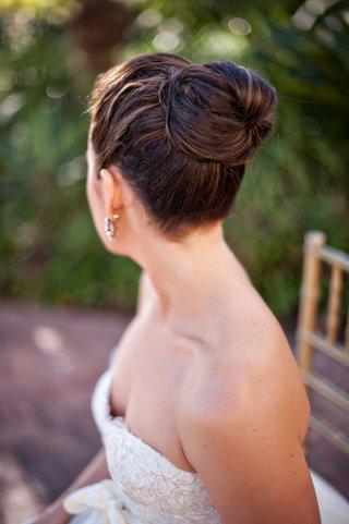 wedding-hair-updo-hairstyle-simple-high-bun